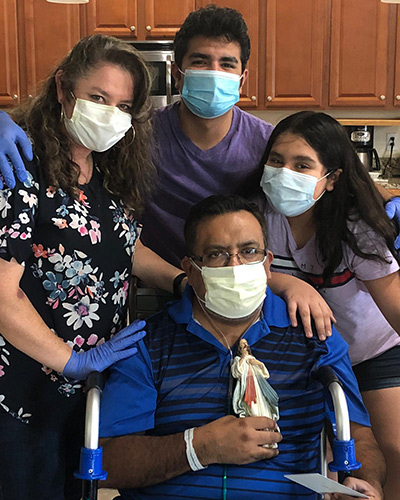 Begazo with his wife Carolina and kids Leo, Jr. and Diana Maria the day he returned home from the hospital