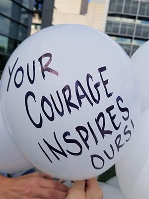 Courage balloon